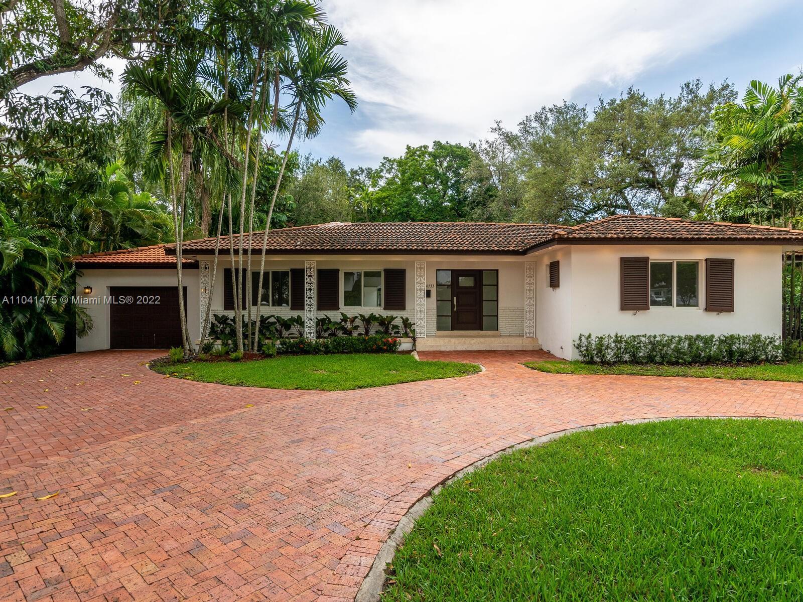 South Miami - 4733 Santa Maria St, Coral Gables, FL 33146
