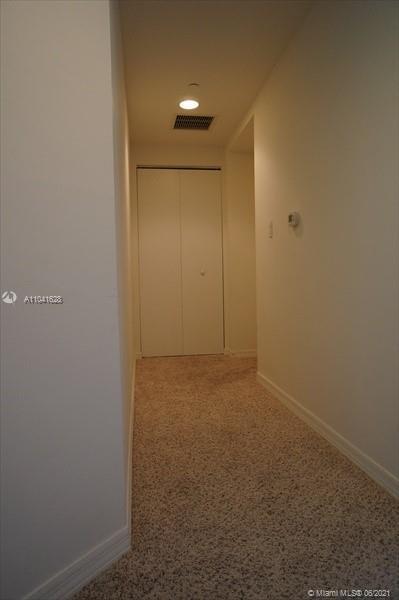 500 Brickell Ave #1203 photo05