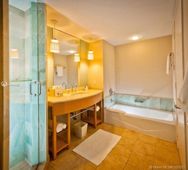 18683 Collins Ave #1808 photo014