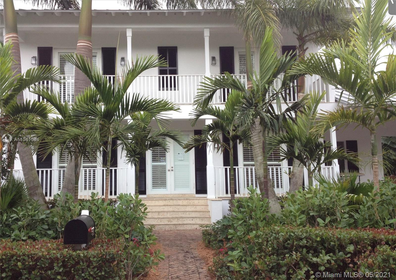 Tropical Isle Homes - 300 Greenwood Dr, Key Biscayne, FL 33149