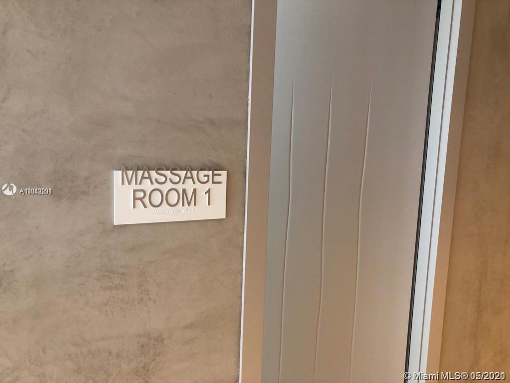Brickell FlatIron #2011 - 35 - photo