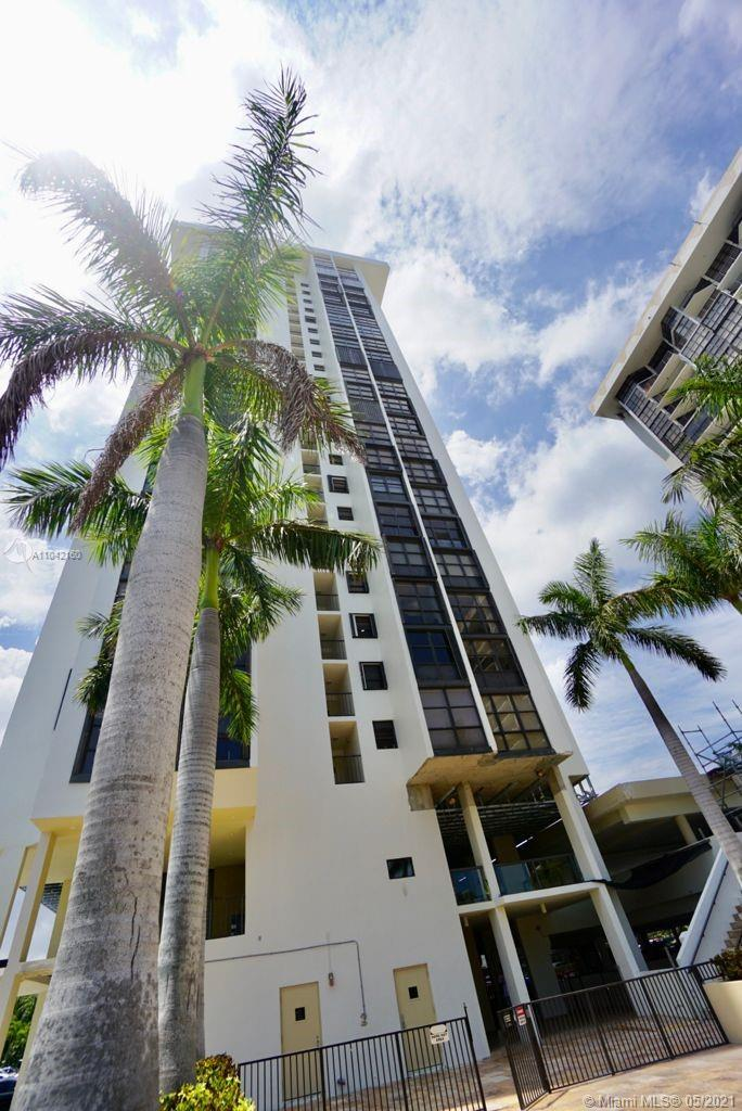 Brickell Place Tower B #B1106 - 1901 Brickell Ave #B1106, Miami, FL 33129