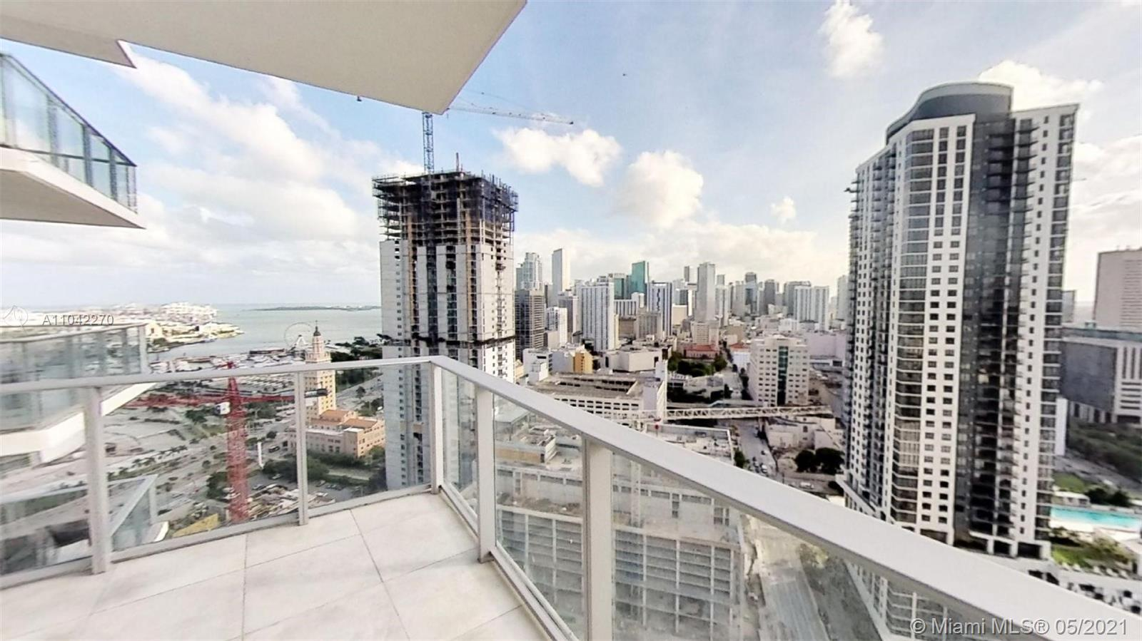 Paramount Miami Worldcenter #2712 - 06 - photo