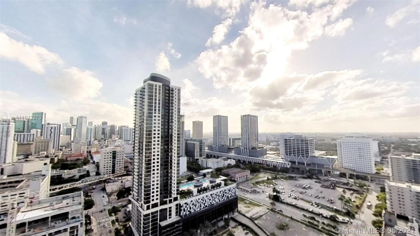 Paramount Miami Worldcenter #2712 - 07 - photo