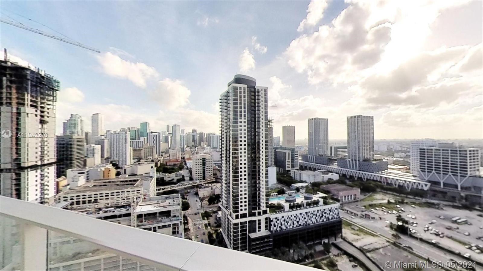 Paramount Miami Worldcenter #2712 - 09 - photo