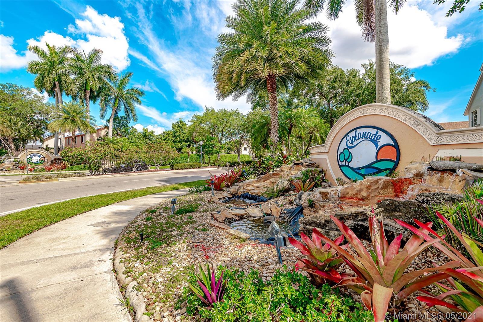 Country Lake Park - 18716 NW 78th Pl, Hialeah, FL 33015
