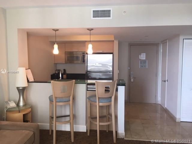 18683 Collins Ave #1109 photo02