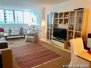 10275 Collins Ave #1506 photo06