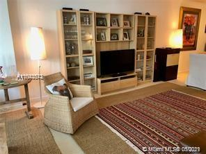 10275 Collins Ave #1506 photo09
