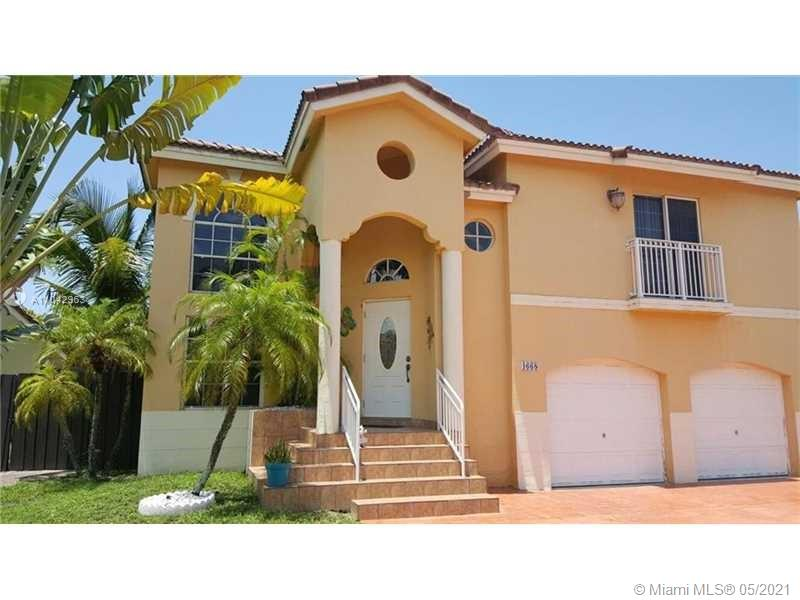 Lakes Of The Meadow - 4668 SW 153rd Ct, Miami, FL 33185