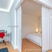 2301 Collins Ave #614 photo03