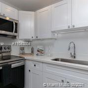 2301 Collins Ave #614 photo024