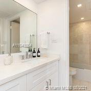 2301 Collins Ave #614 photo030