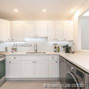 2301 Collins Ave #614 photo025