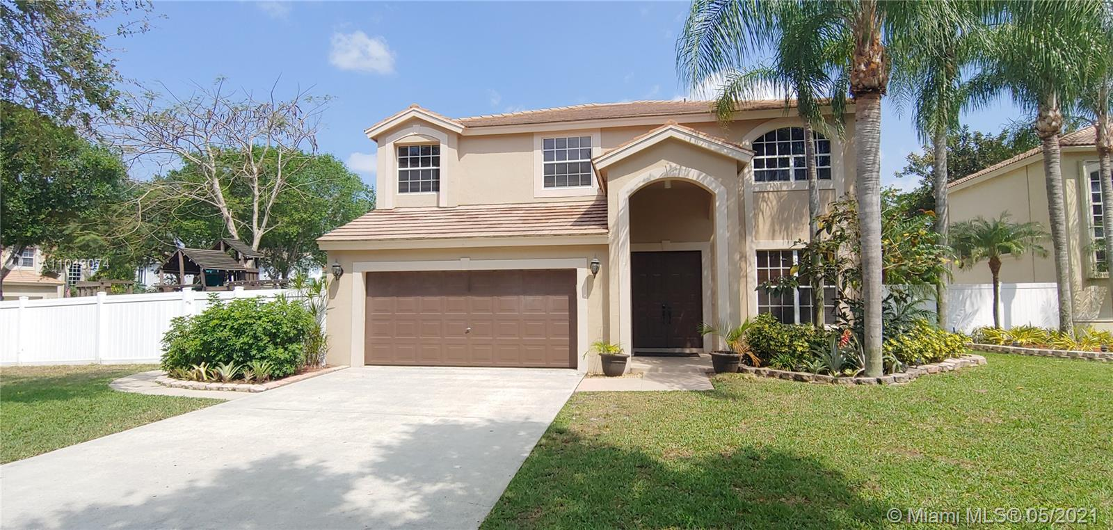 Property for sale at 5821 NW 62nd St, Parkland,  Florida 33067