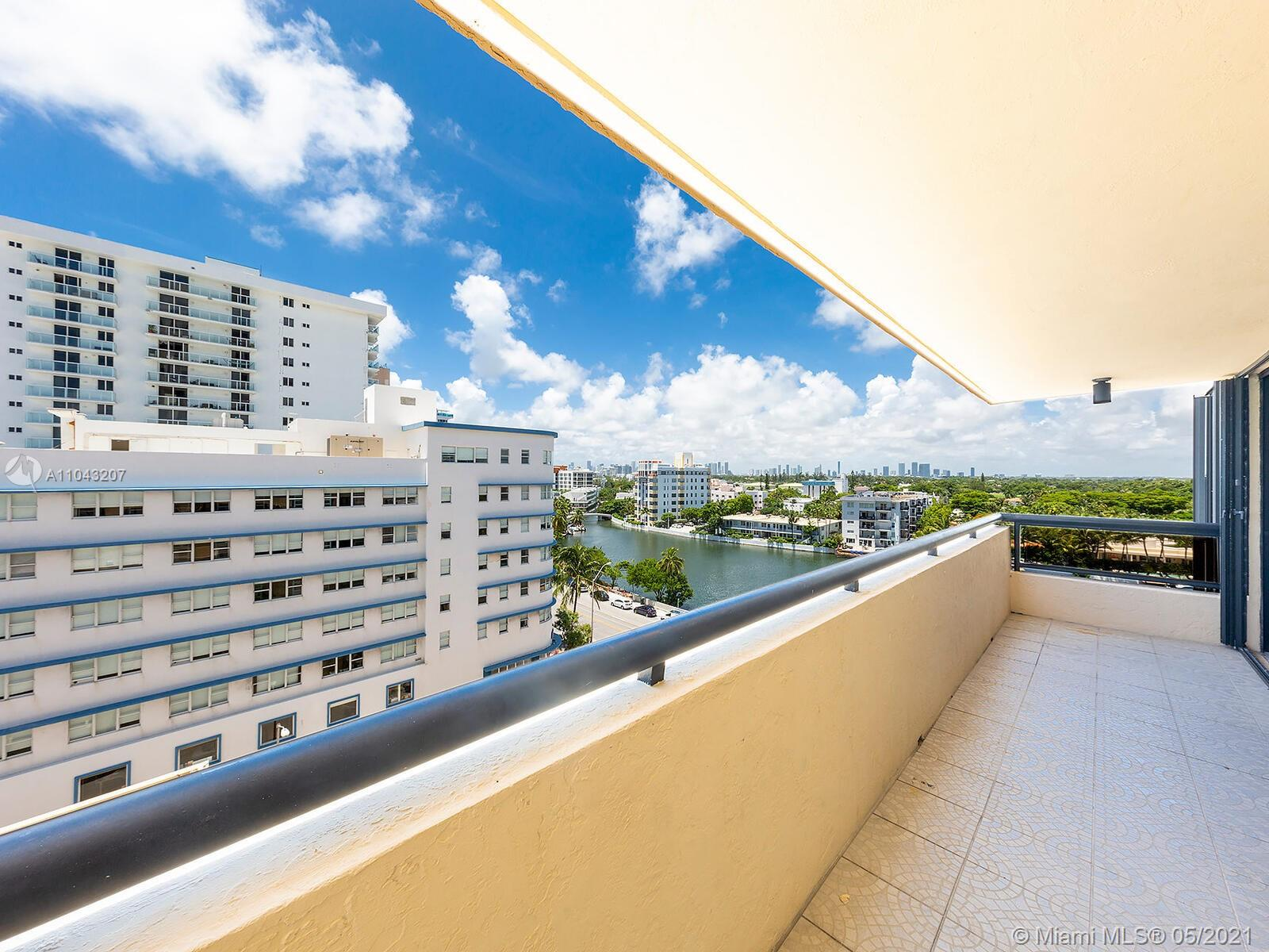 2555 Collins Ave #914 photo016