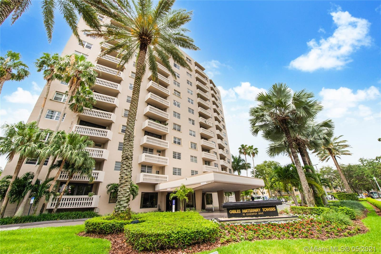 Gables Waterway #308 - 90 Edgewater Dr #308, Coral Gables, FL 33133