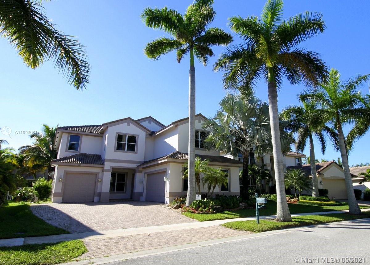 Weston Hills - 1818 Mariners Ln, Weston, FL 33327