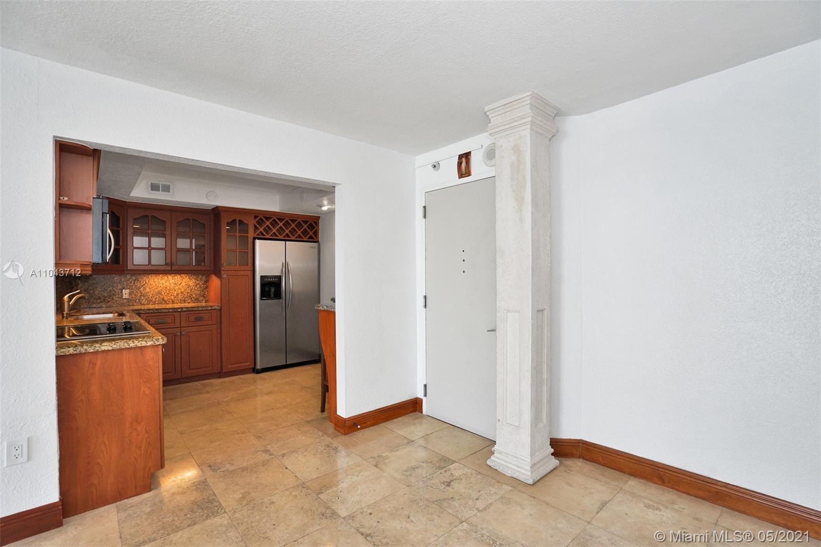 5701 Collins Ave #1212 photo06