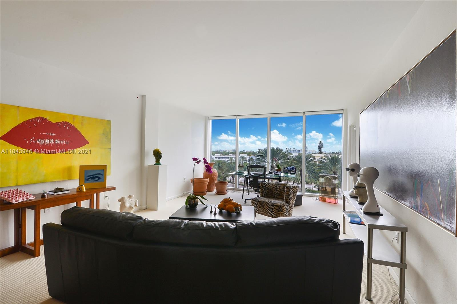 10275 Collins Ave #428 photo03