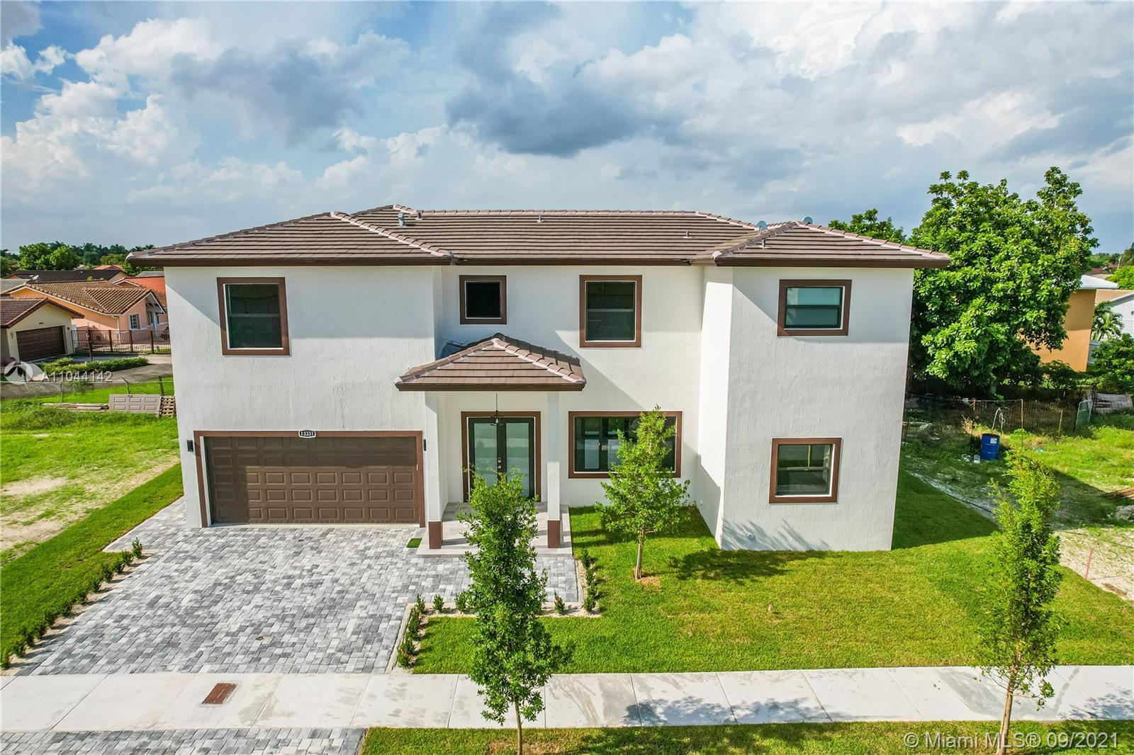 J G Heads Farms - 13331 SW 41st St, Miami, FL 33175