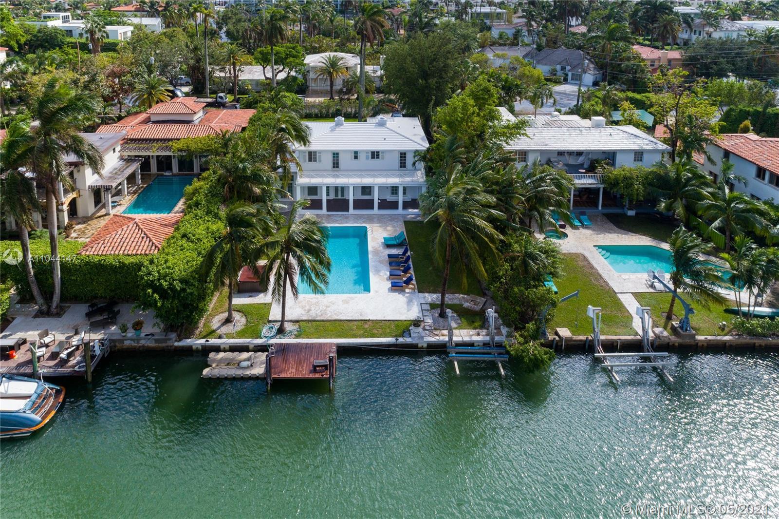 Sunset Islands - 1431 W 22 ST, Miami Beach, FL 33140