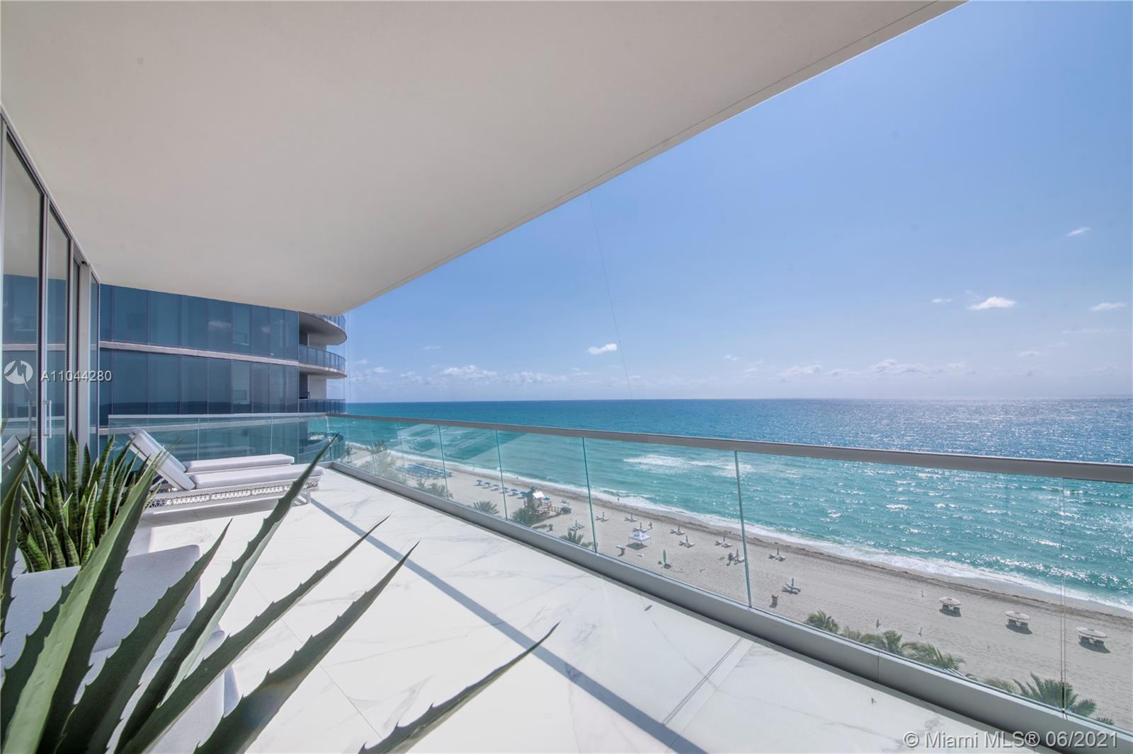 18501 COLLINS AVE #801 photo010