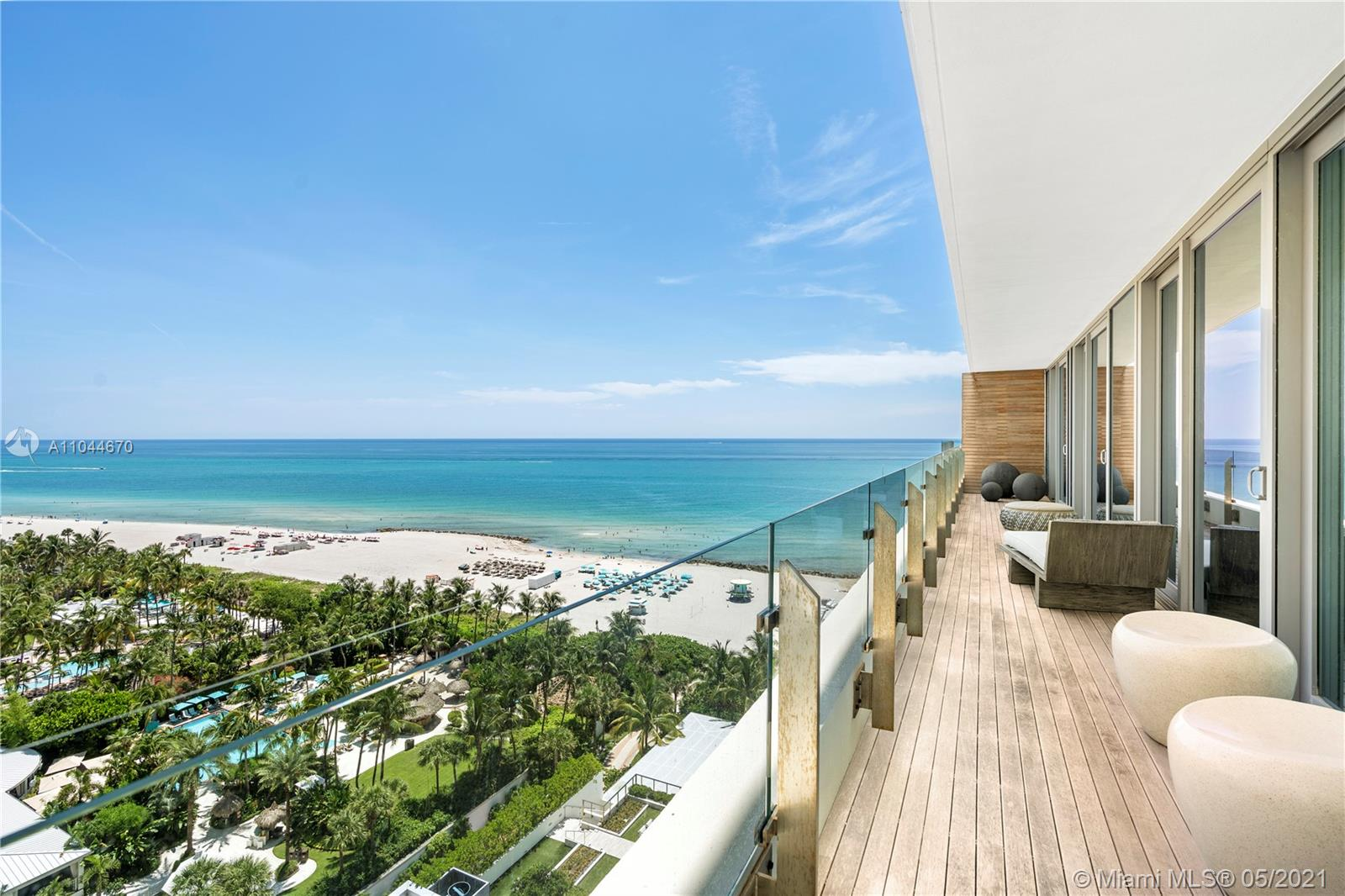 2901 Collins Ave #1409 photo03