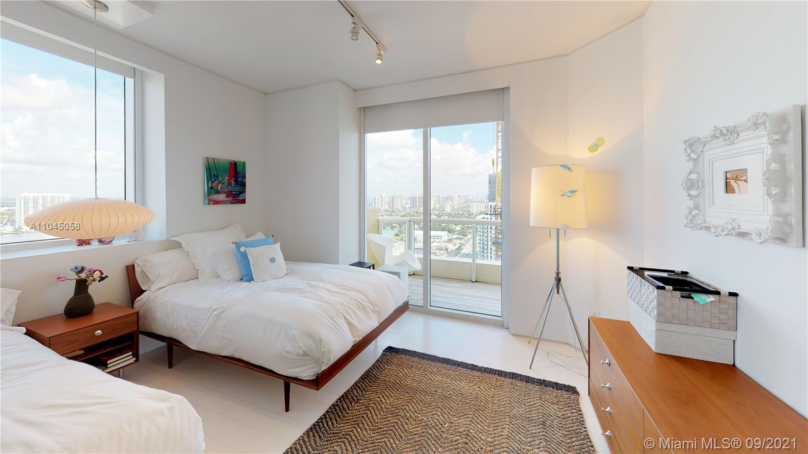 17875 Collins Ave #3101 photo041