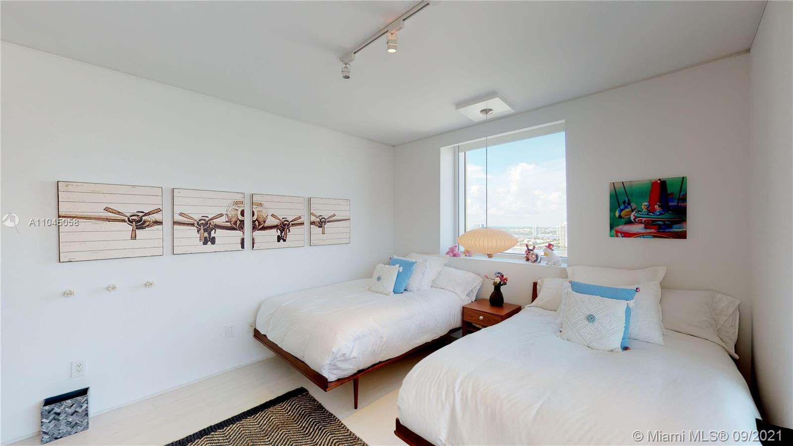 17875 Collins Ave #3101 photo055