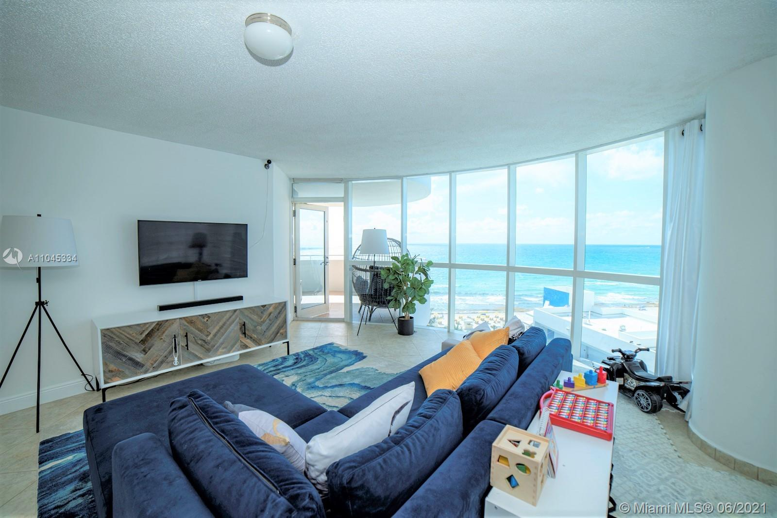 6301 Collins Ave #1103 photo05