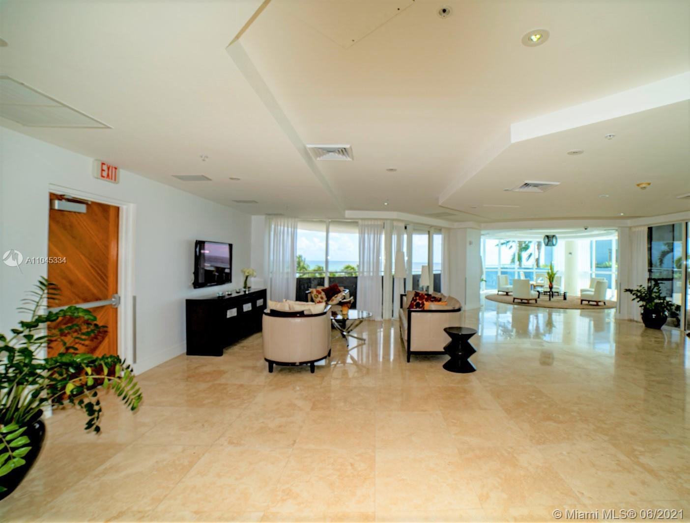 6301 Collins Ave #1103 photo020