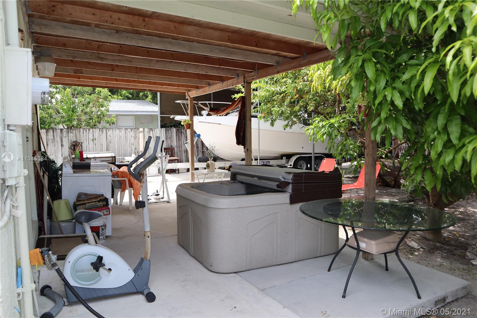 1337 NW 26th St photo06
