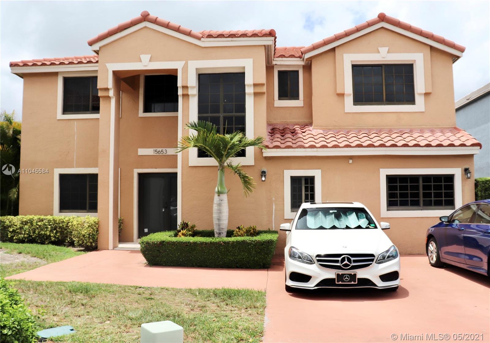 Hammocks - 15653 SW 96th Ter, Miami, FL 33196