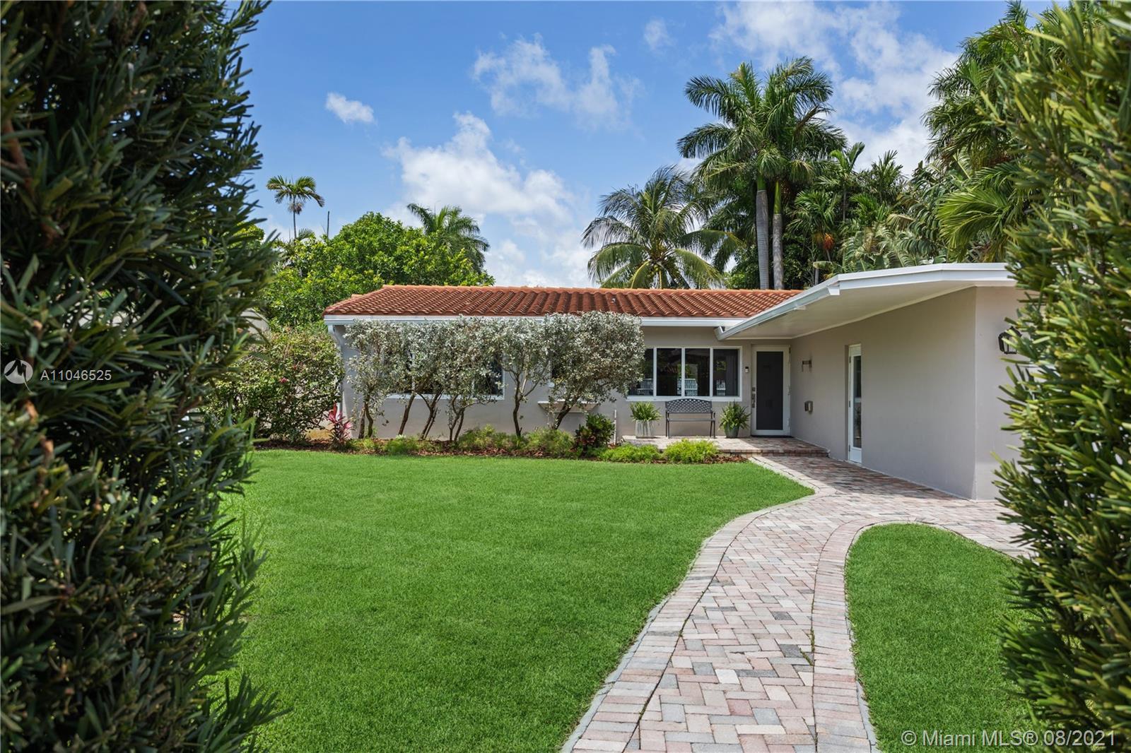 La Gorce Golf - 5750 Alton Rd, Miami Beach, FL 33140