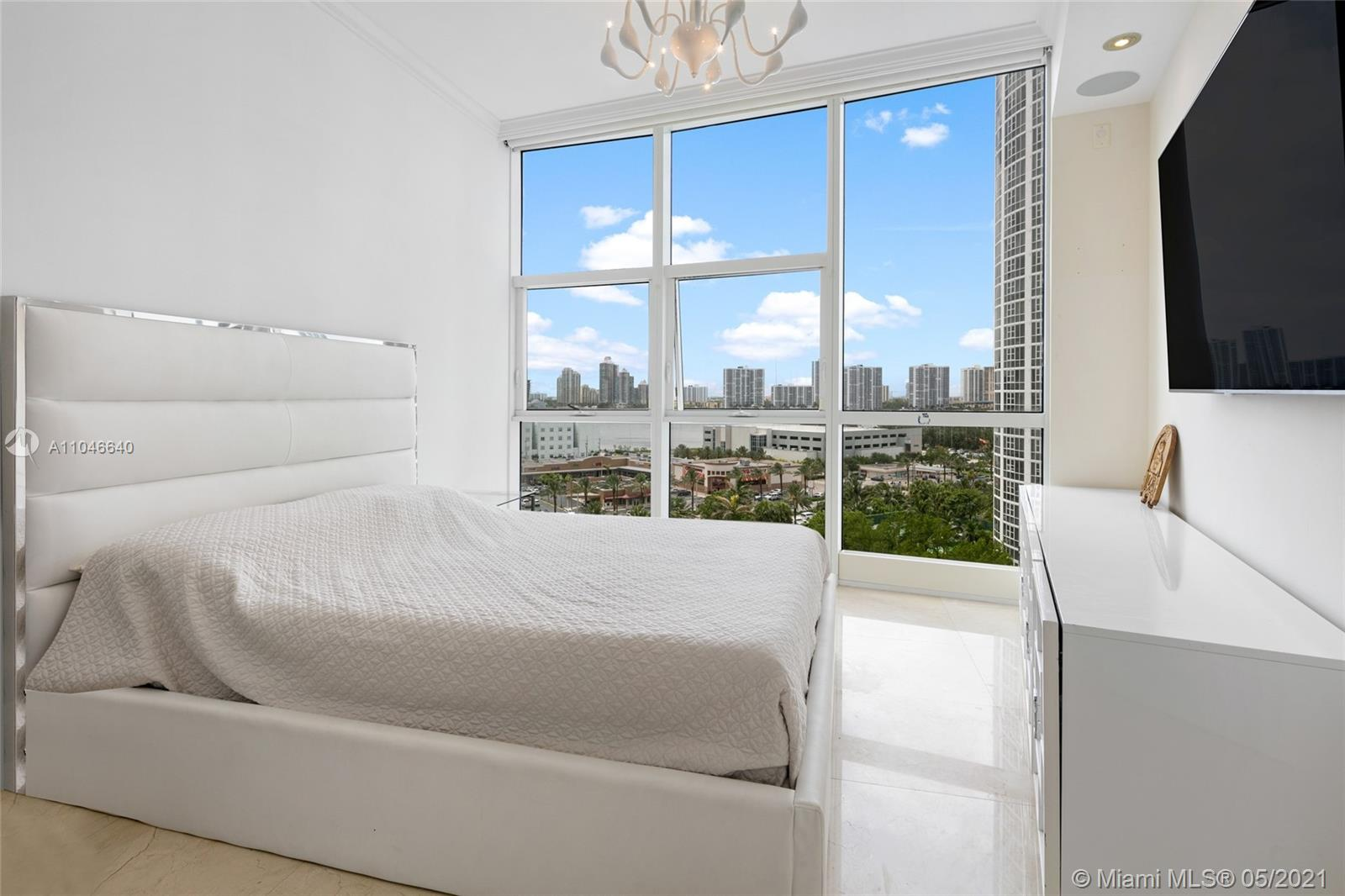 18101 Collins Ave #1109 photo016