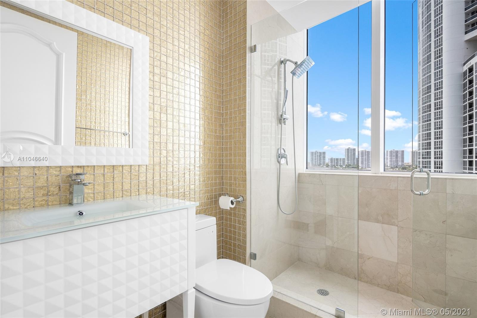 18101 Collins Ave #1109 photo012