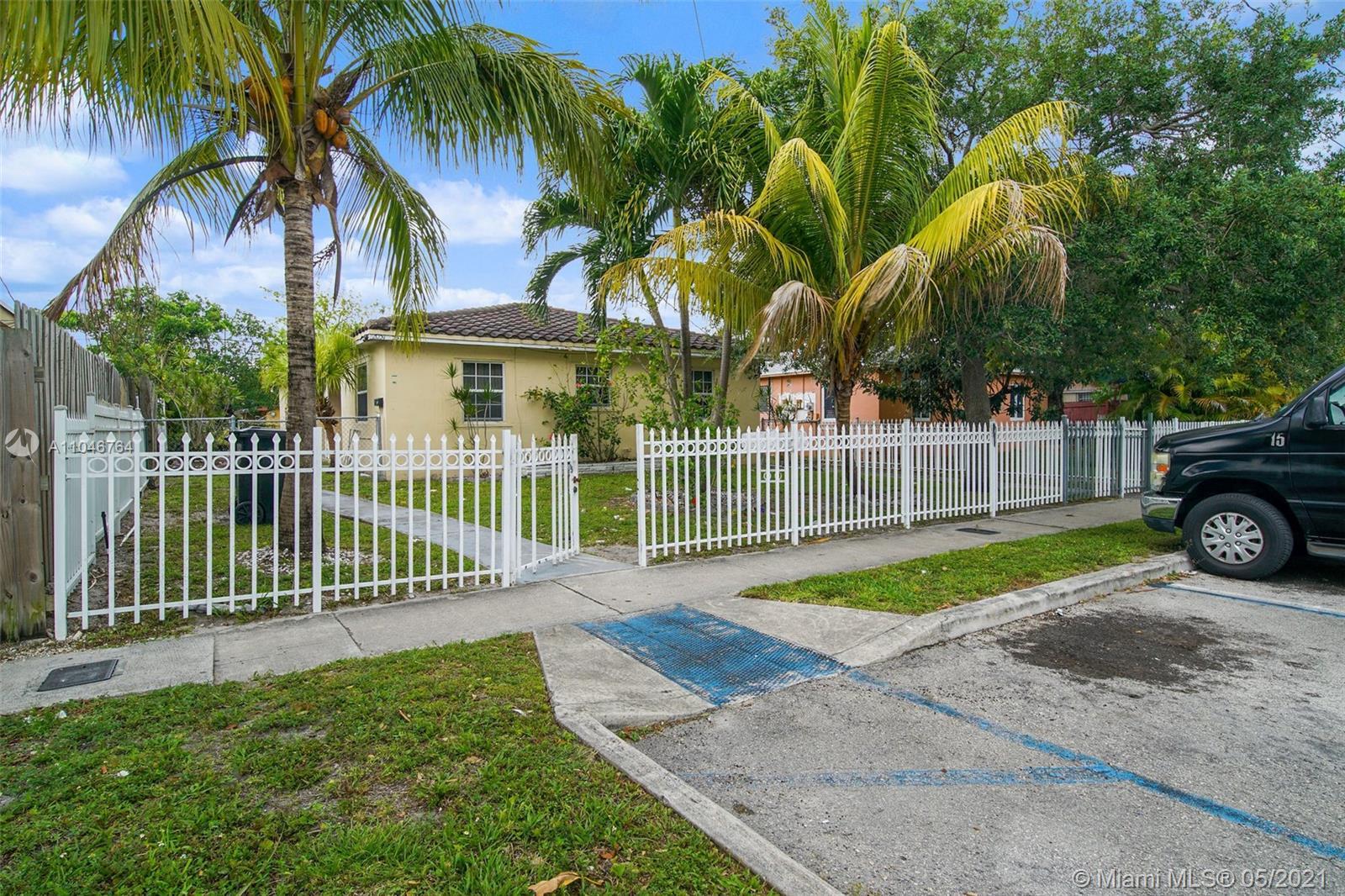 North Miami Beach - 2051 NE 167th St, North Miami Beach, FL 33162
