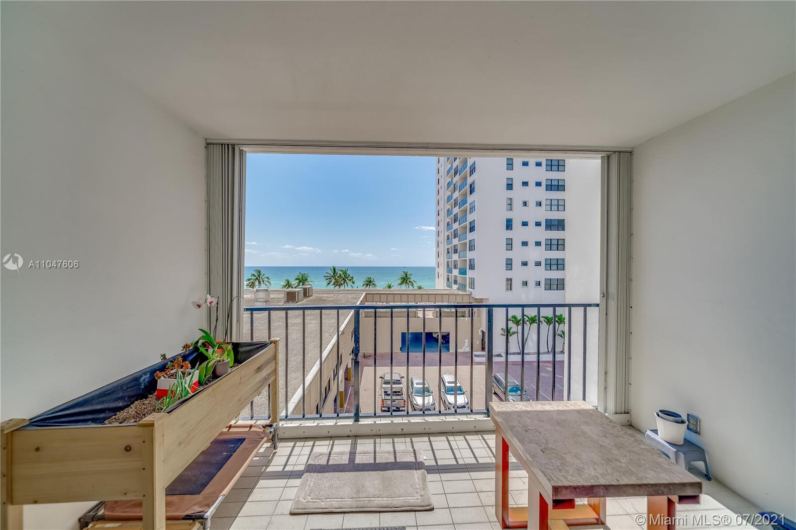 Catania, Tower 2 #503 - 2401 S Ocean Dr #503, Hollywood, FL 33019