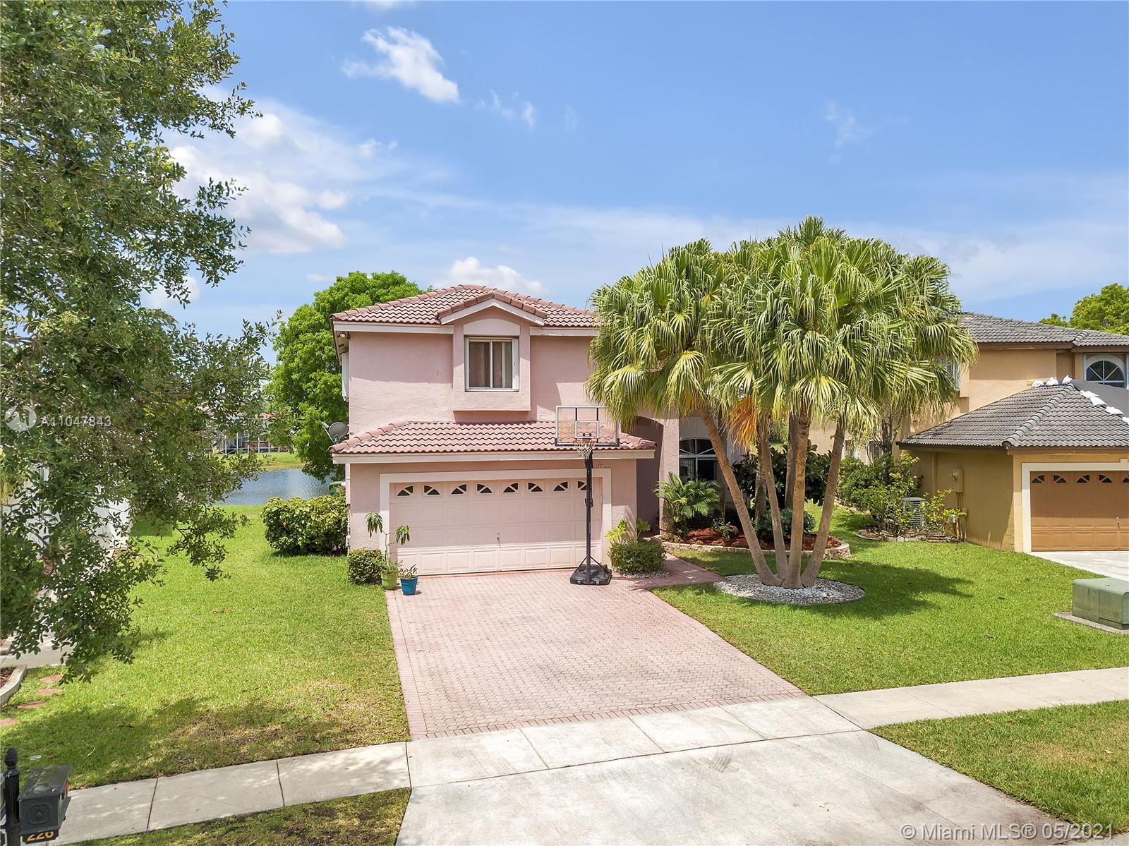 Silver Lakes - 226 SW 180th Ave, Pembroke Pines, FL 33029