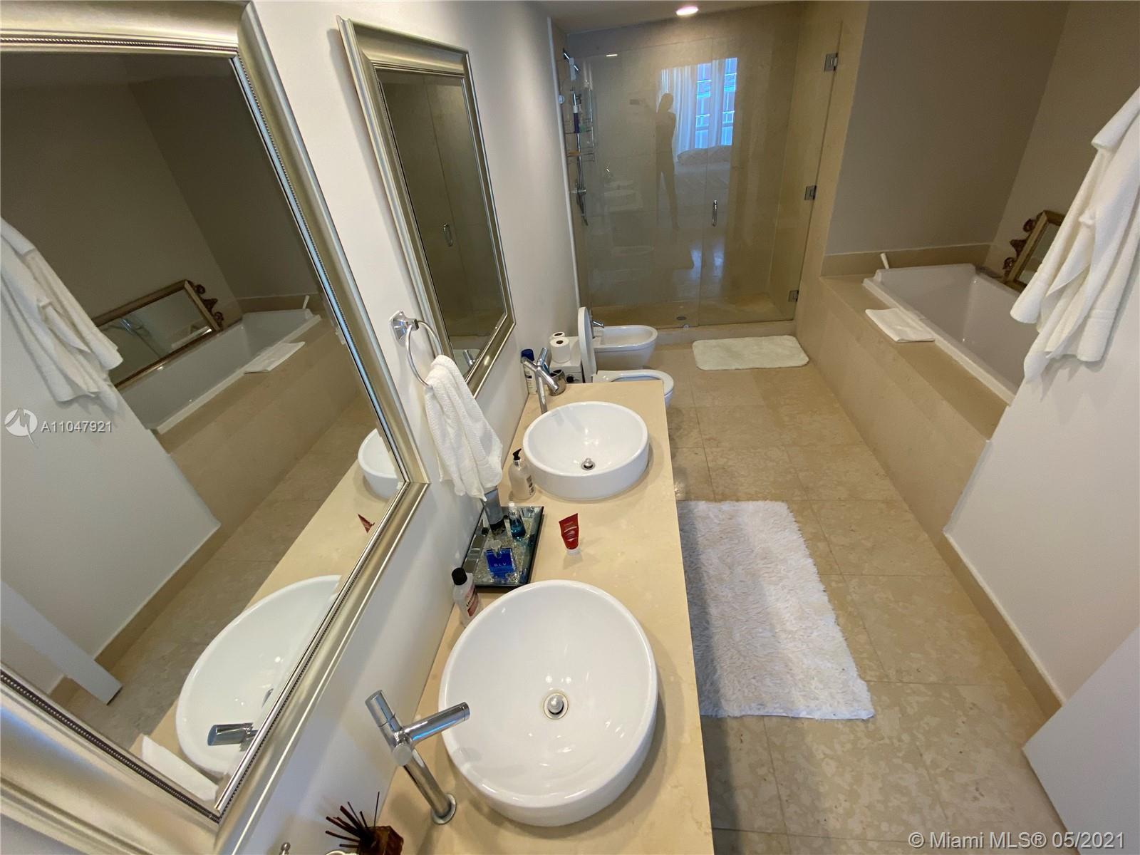 Icon Brickell 2 #5010 - 495 Brickell Ave #5010, Miami, FL 33131