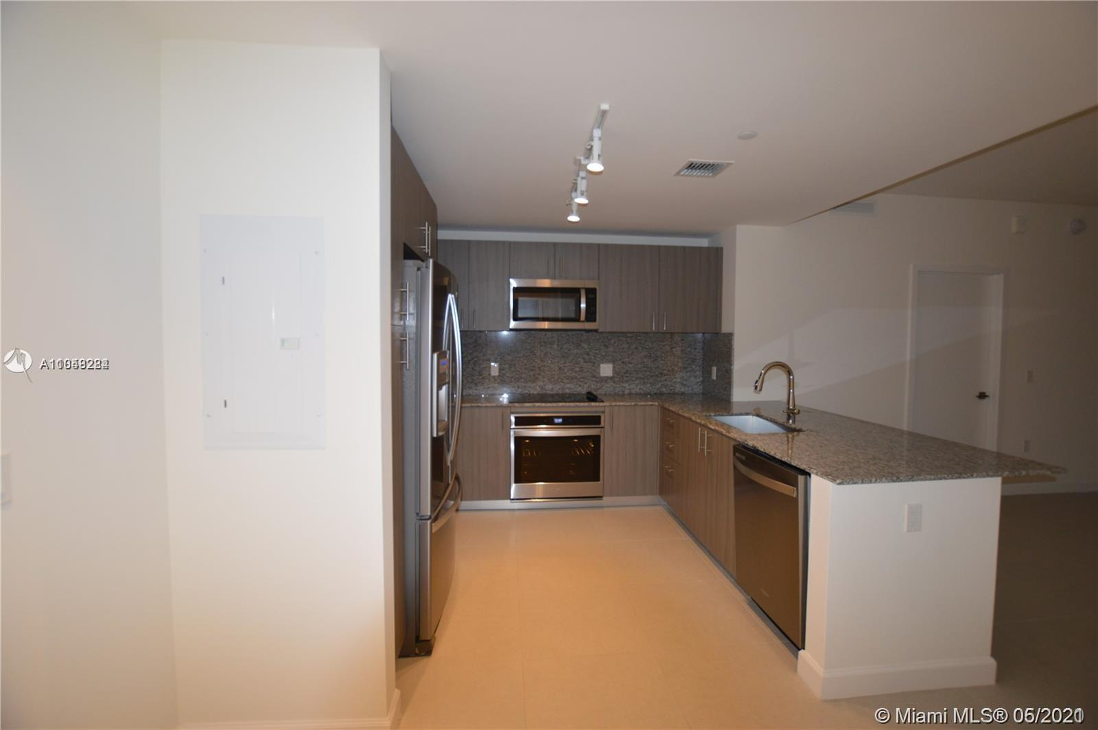 5350 NW 84th Ave #613 photo05