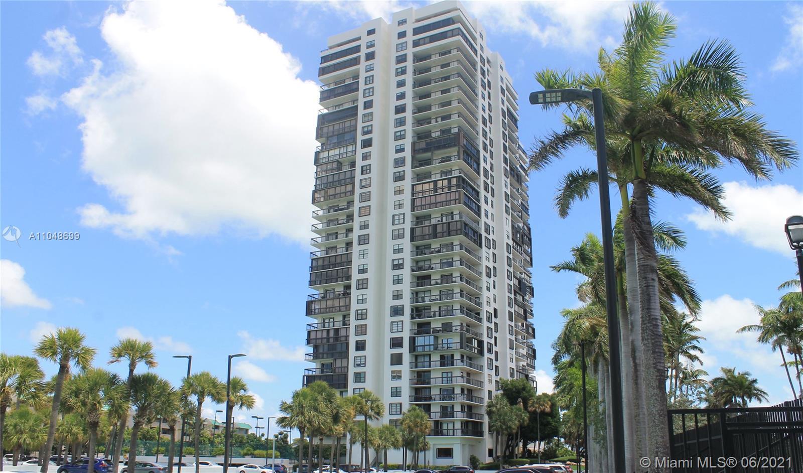 Brickell Bay Club #1811 - 2333 Brickell Ave #1811, Miami, FL 33129