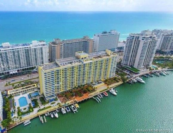 5600 Collins Ave #12A photo02