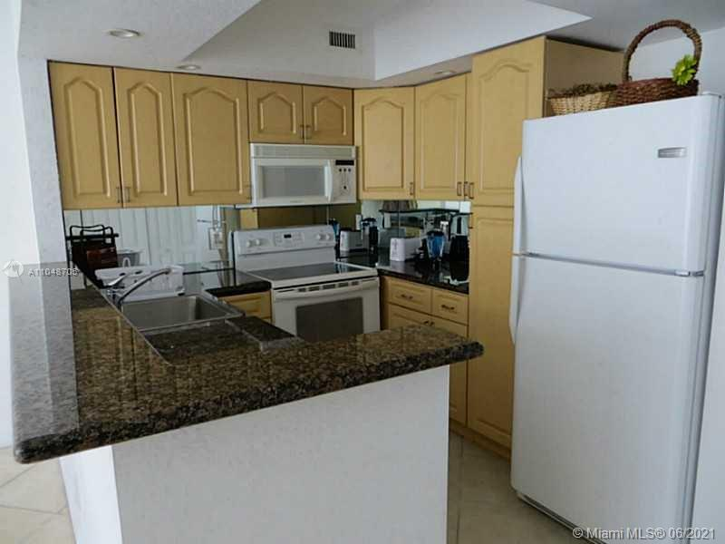 5600 Collins Ave #12A photo022