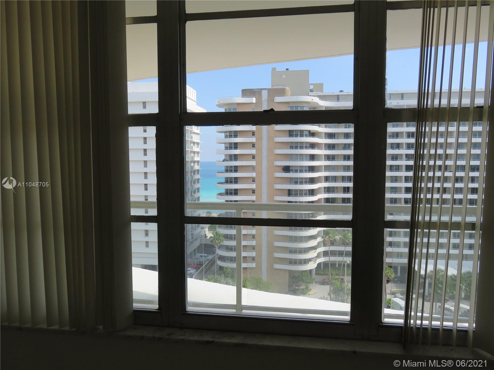 5600 Collins Ave #12A photo036