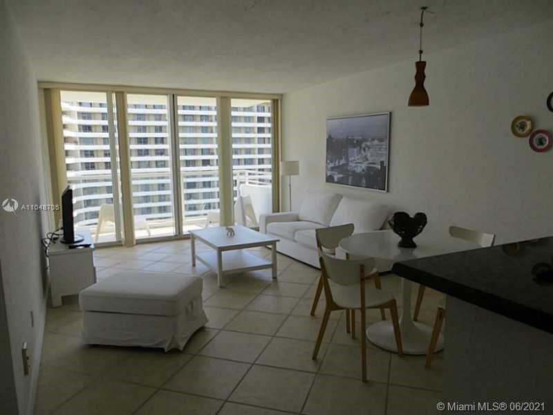 5600 Collins Ave #12A photo021