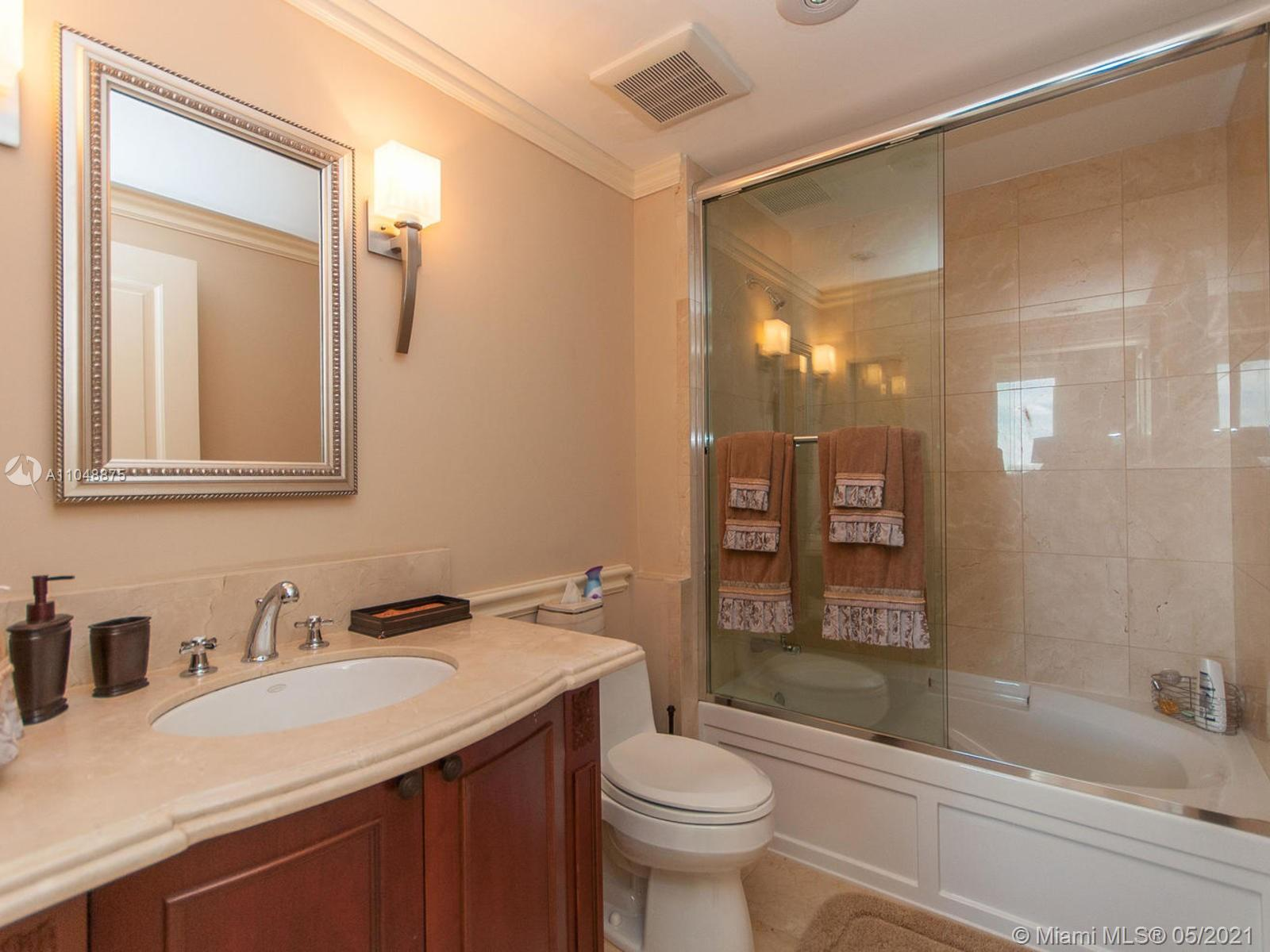 17875 Collins Ave #2701 photo027