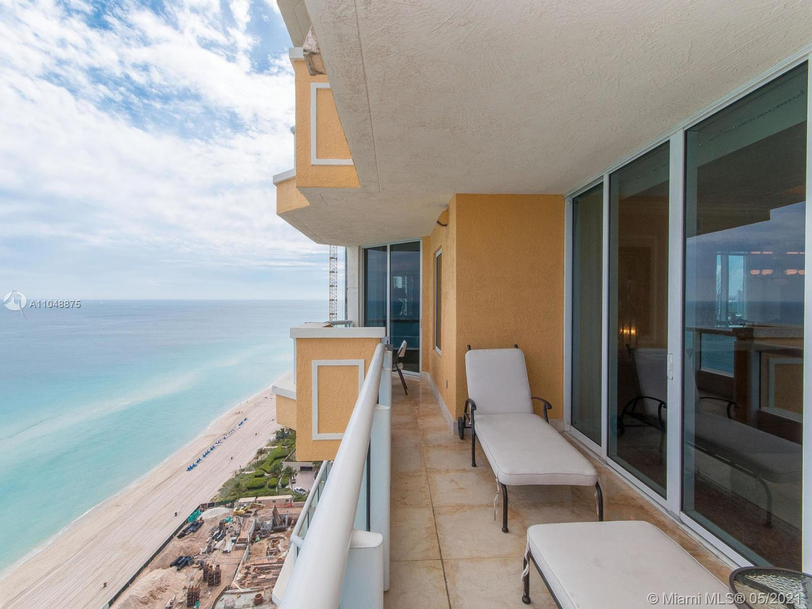 17875 Collins Ave #2701 photo02