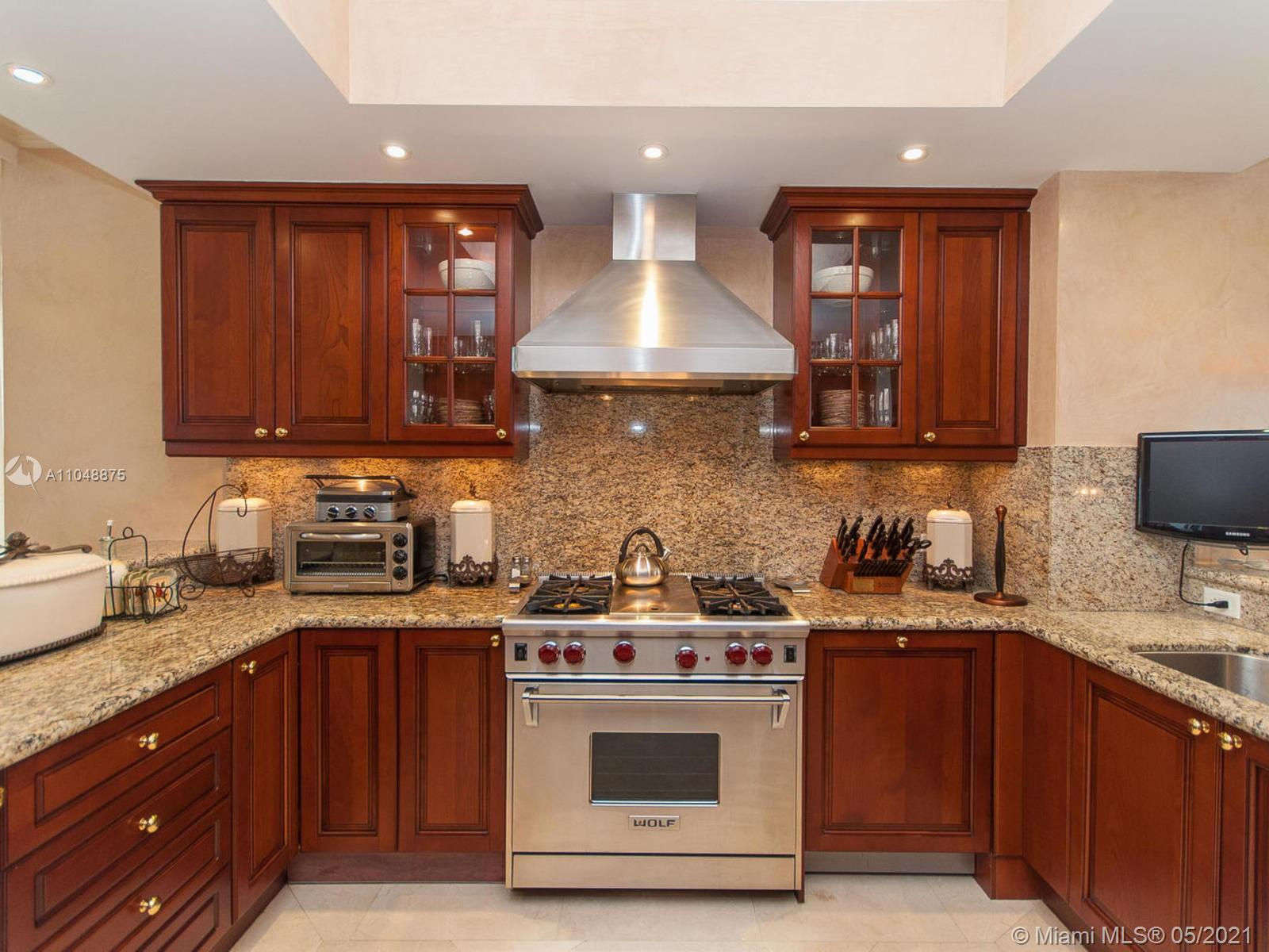17875 Collins Ave #2701 photo013